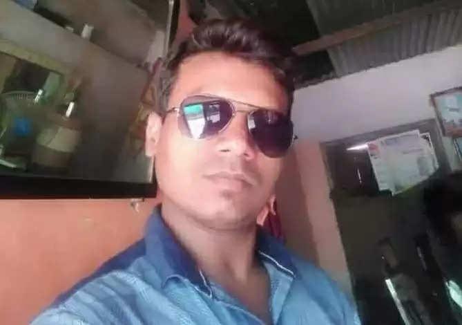 सावकाराच्या जाचाला कंटाळून सलून व्यावसायिक तरुणाची आत्महत्या; खिशात सापडली चिठ्ठी, जळगाव जामोद येथील घटना
